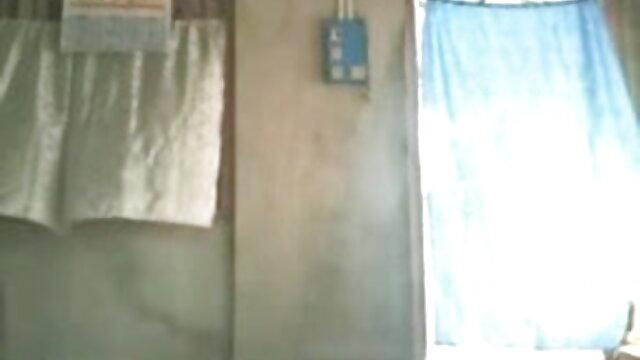 শুকনো ঘাস বাংলা xxx 2017 উপর প্রস্রাব লাল চুত্তয়ালা লোক মেয়ে.