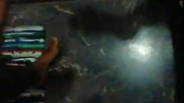 পুরানো-বালিকা বাংলা xxx video com বন্ধু