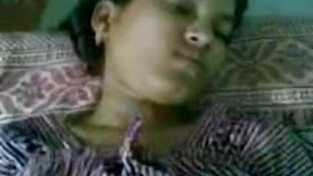 চুম্বন বাংলাxxx video মেয়ে সমকামী