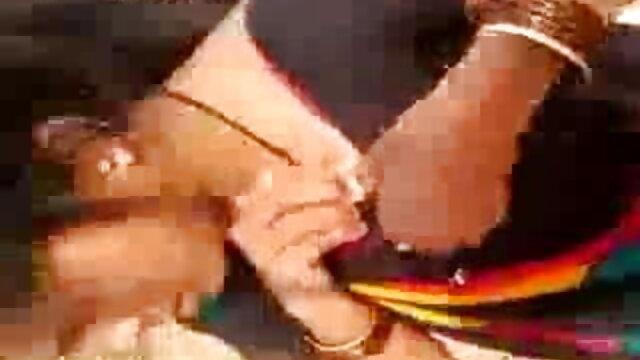 একাকী www বাংলা xxx video গুদ এর বালিকা