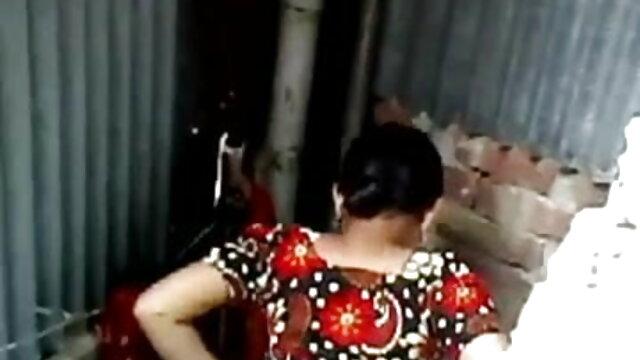 অপেশাদার বহু পুরুষের এক নারির সর্বজনীন পার্টি বাংলাxxx v মাতাল