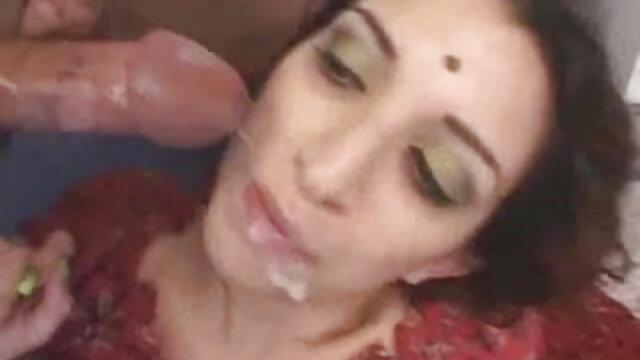 সুন্দরি বাংলাxxx ভিডিও সেক্সি মহিলার