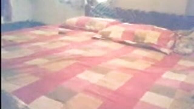 আমি একটি পিচকারি ঝাঁপ দেখেছি বাংলা xxx 3 এবং রান্নাঘর মধ্যে একটি হুক দিয়ে চেষ্টা
