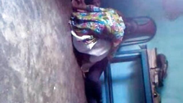 আমি টাকা জন্য মানুষকে ট্রাক দিয়েছে বাংলা xxx video com