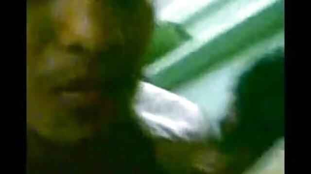 পরিবর্তে একটি রোমান্টিক ডিনার গাল ভারতি বাংলাxxx আপনার ফুট করা এবং ব হাঁস আছে